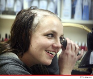 1018-britney-spears-shaved-head-x17online-article-3